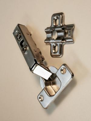Hinge soft close 90 degree